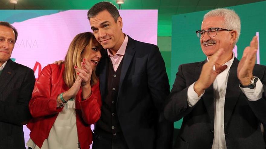 """Sánchez avisa a PP y Cs de que subirá el salario mínimo """"con o sin su apoyo"""""""
