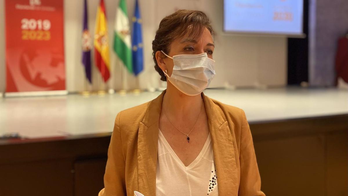 La portavoz del PP en la Diputación de Córdoba, María Luisa Ceballos.