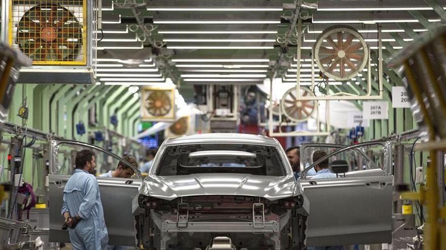 La producción industrial se incrementa el 4 % en mayo