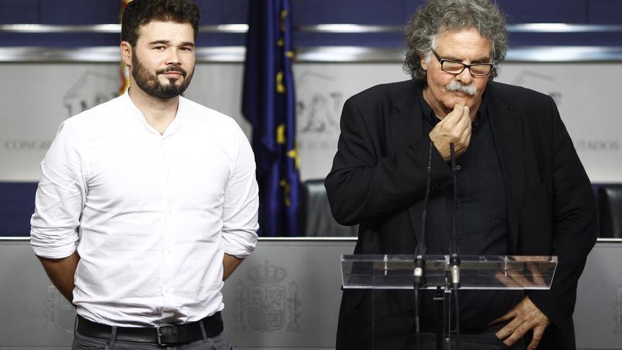 Gabriel Rufian y Joan Tardà, en una comparencia ante la prensa en el Congreso