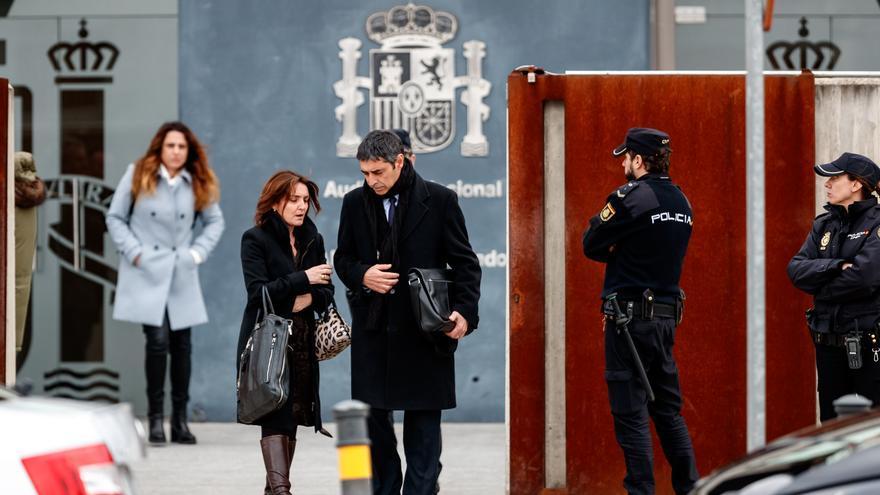 Josep Lluís Trapero, a la salida de la Audiencia Nacional tras el primer día de juicio.
