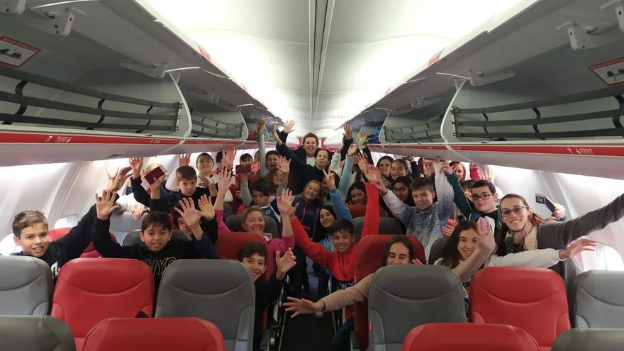 El grupo de menores repatriados por el Cabildo de Lanzarote