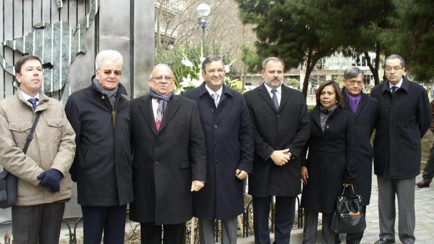 Rinden homenaje en Madrid al héroe cubano José Martí
