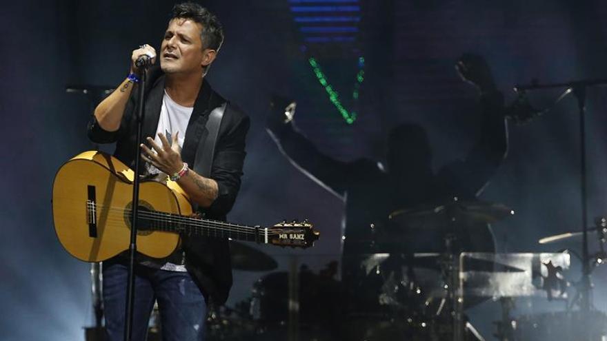 """Alejandro Sanz cierra su gira """"Sirope"""" en """"casa"""" y ante un público entregado"""