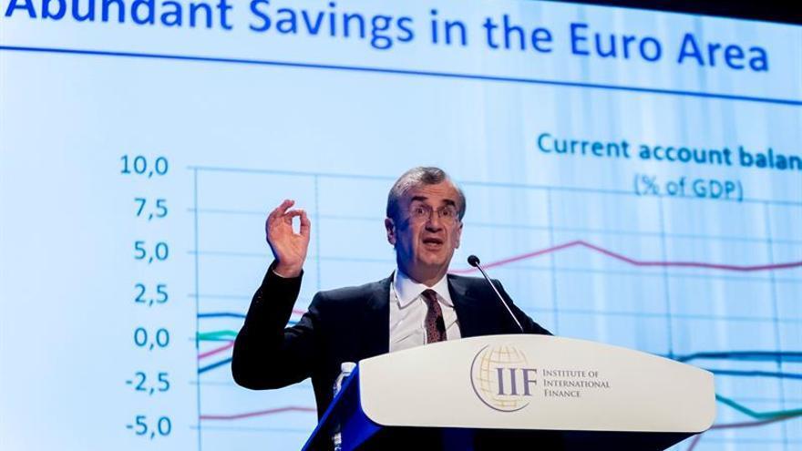El gobernador del Banco de Francia urge a crear un ministro europeo de Finanzas