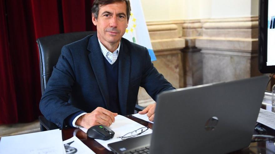 """Luis Naidenoff, senador nacional: """"Insfrán no cree en la responsabilidad individual del ciudadano formoseño"""""""