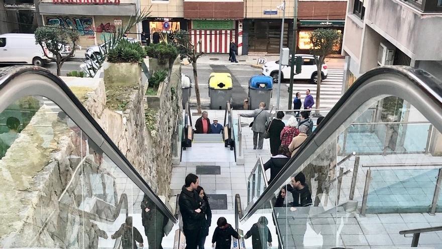 Santander estrena escaleras y rampas mecánicas en Porrúa