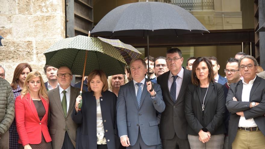 """Oltra: """"Las instituciones valencianas han actuado de manera ejemplar respetando la muerte y lo demás sobra"""""""