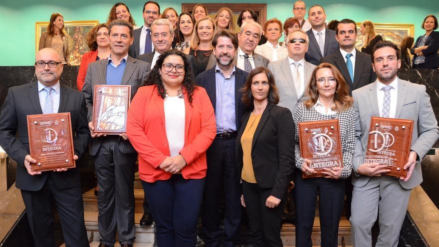 Los ganadores del premio Sinpromi Integra, tras la entrega de galardones