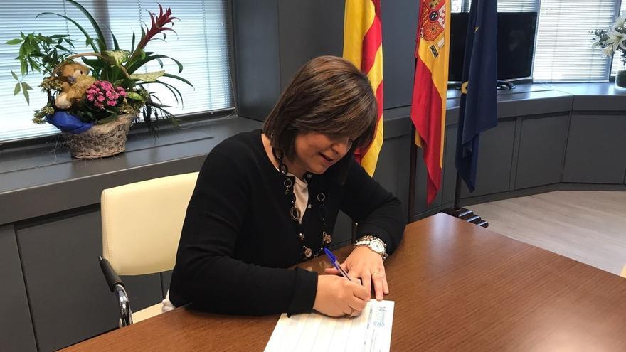 Isabel Bonig avala a Miguel Barrachina para liderar el PP de Castellón