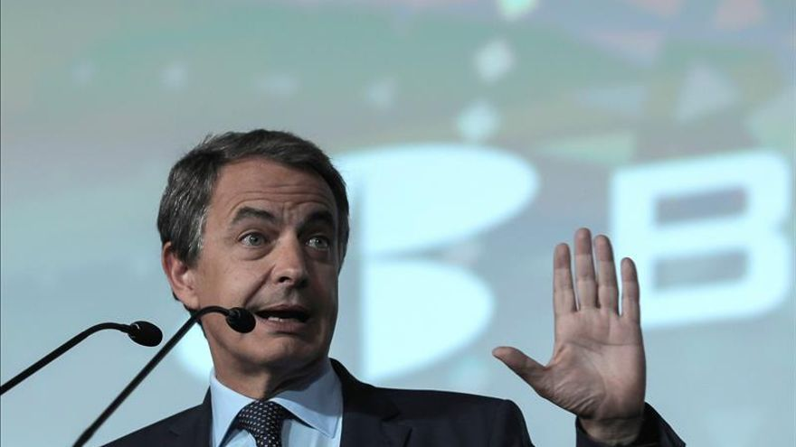 El PP llama a Zapatero y a Pajín a comparecer en la Comisión sobre Corrupción