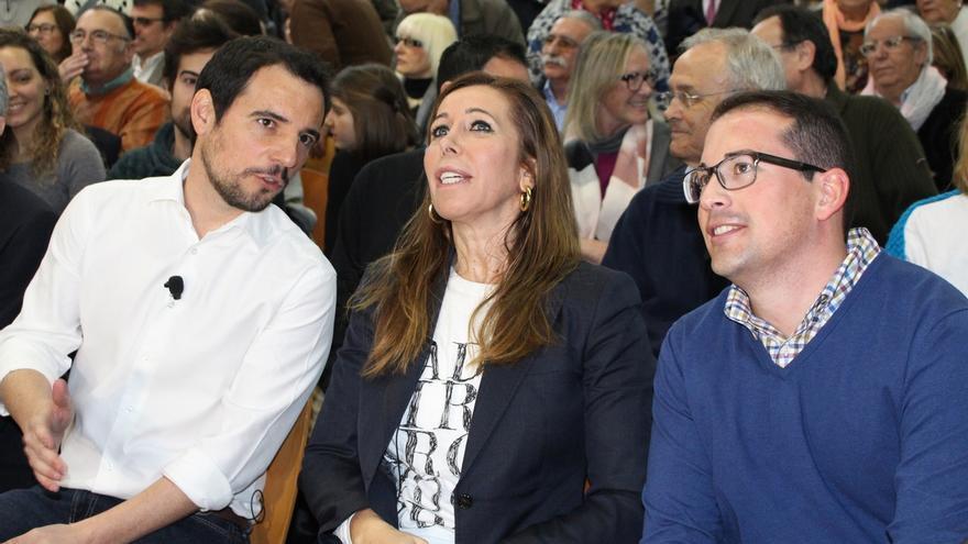 """Camacho tacha a CiU y al PSOE de """"malos gobiernos"""" por avanzar elecciones en Cataluña y Andalucía"""