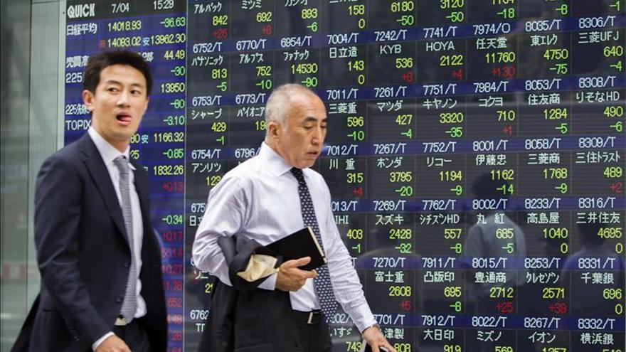 El Nikkei sube 148,52 puntos, un 0,97 por ciento, hasta los 15.514,12 puntos