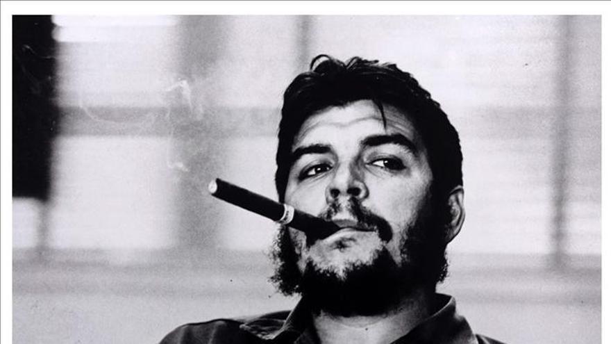 Subastan en Viena un original de la fotografía más conocida del Che Guevara