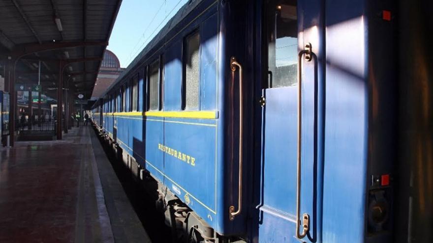 El tren conmemora la primera relación ferroviaria peninsular entre Madrid y Lisboa, a través de Extremadura, en diciembre de 1866