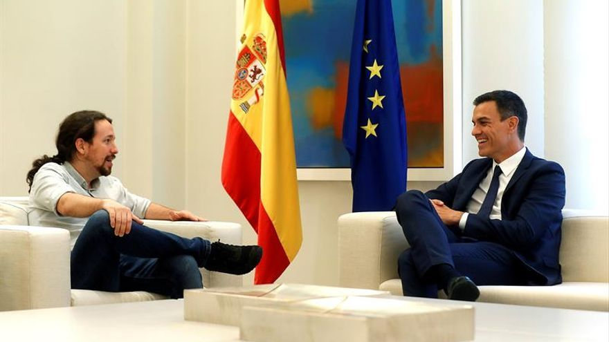 Salario mínimo de mil euros y alquiler, ejes ahora de negociación con Podemos