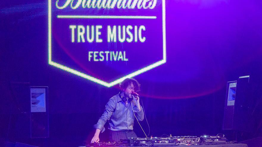 Actuación de Matías Aguayo en el Ballantine's True Music Festival