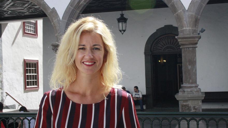 Virginia Espinosa, concejal de Fiestas del Ayuntamiento de Santa Cruz de La Palma.