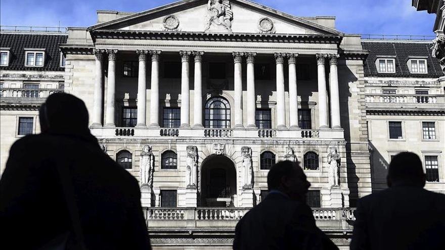 El Banco de Inglaterra baja al 2,5 % el crecimiento de la economía para 2015