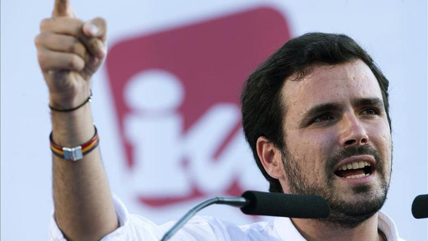 """Garzón no descarta pactar con el PSOE en los  Ayuntamientos si """"son de izquierdas"""""""