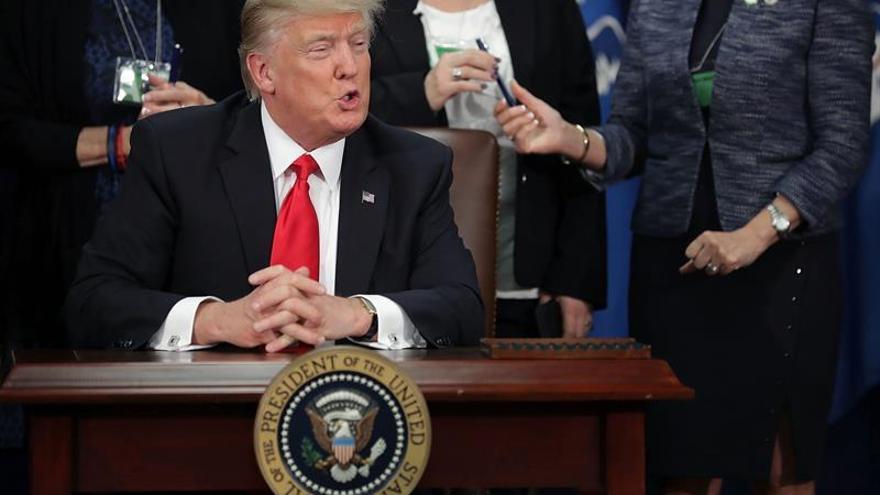 """Trump aboga por unas """"fronteras sólidas"""" en EE.UU. y critica a Europa"""