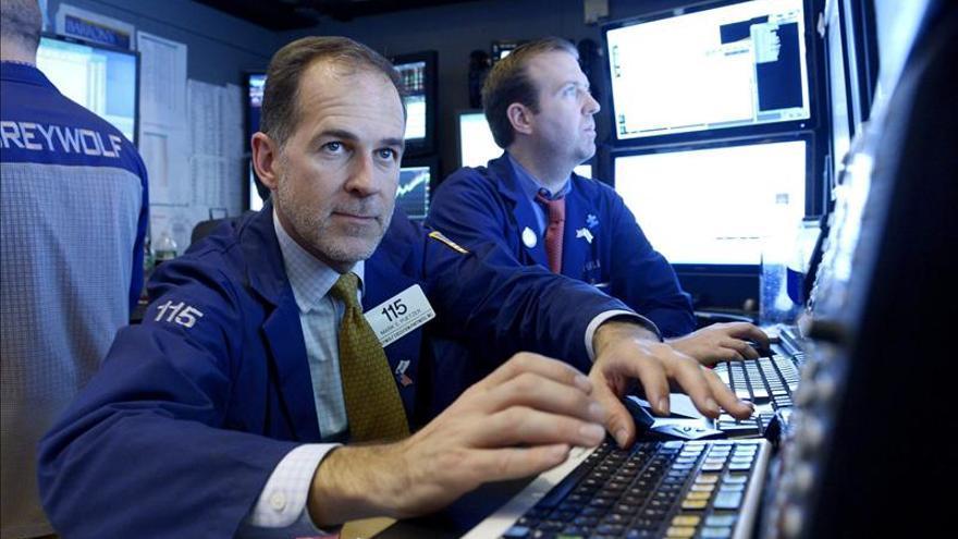 Wall Street abre con pérdidas y el Dow Jones baja un 0,12 por ciento