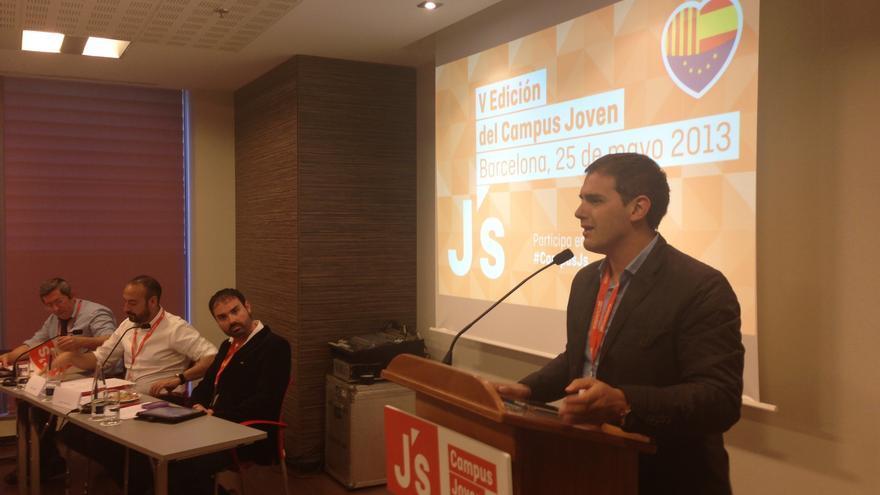 """Rivera (C's) considera que el debate soberanista causa una """"fuerte división"""" en CiU"""