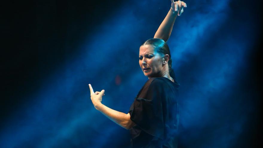 Sara Baras en uno de las actuaciones de su espectáculo 'Sombras' / Fotografía: Santana de Yepes