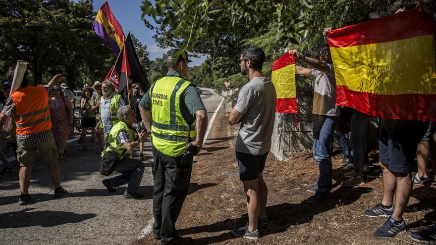 Un grupo de ultraderecha intenta reventar la manifestación antifascista en el Valle de los Caídos