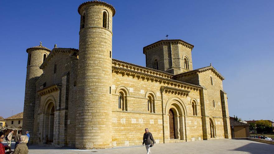 San Martín de Tours, en Frómista. Obra cumbre del Románico en España.