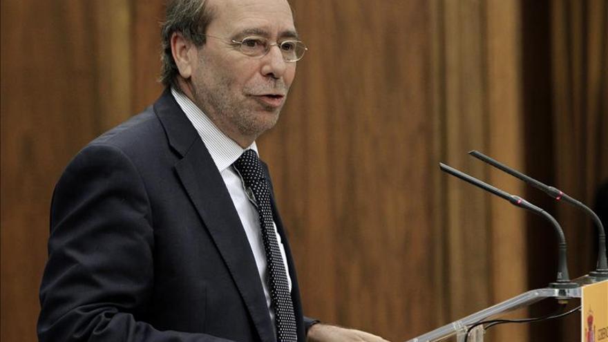 El PSOE pide a los alcaldes del PP que opinen en público sobre la reforma local