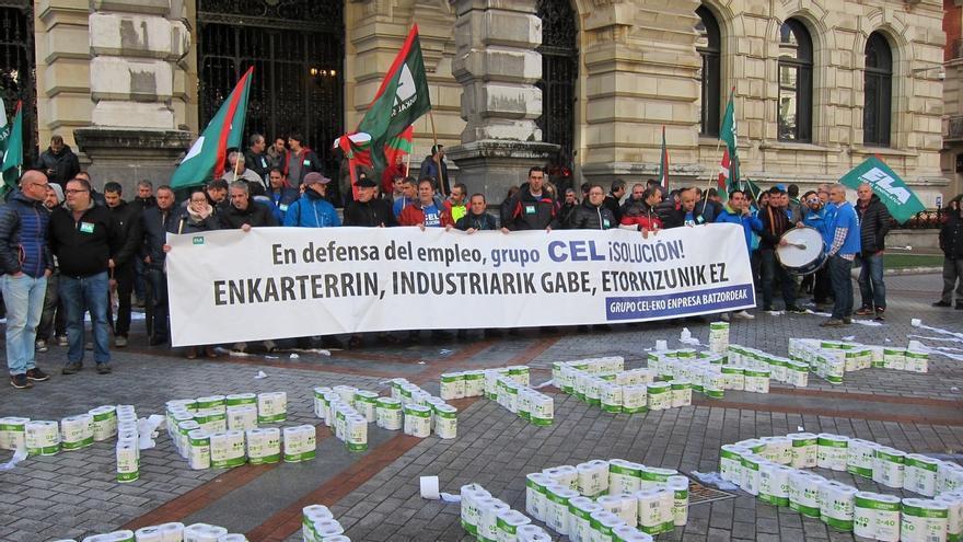 Trabajadores de CEL se concentrarán este jueves ante las Juntas Generales y el viernes ante el Gobierno y Diputación