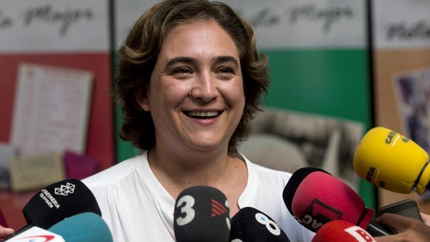 La alcaldesa de Barcelona, Ada Colau, hará campaña en Galicia y el País Vasco
