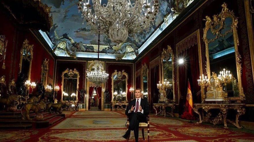 Felipe VI ha elegido el Palacio real como escenario para su discurso navideño de 2015.