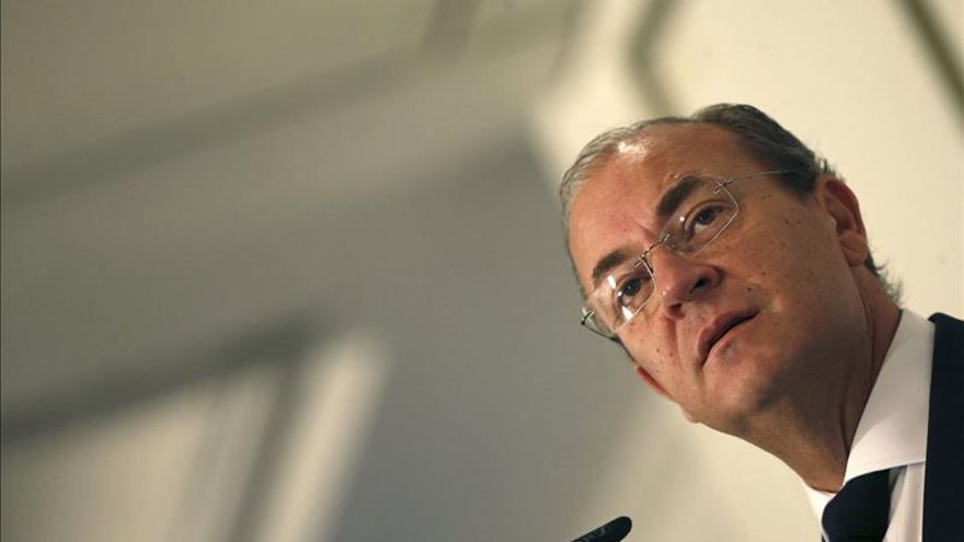 Monago anuncia que hará públicas todas sus finanzas en enero