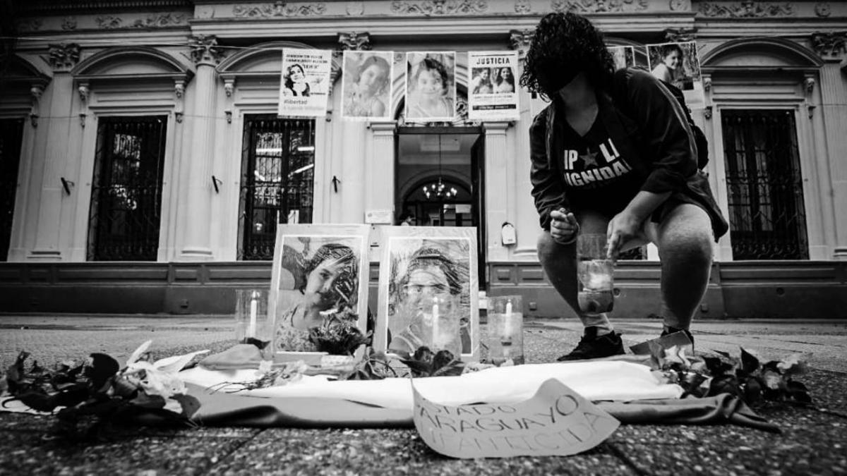 La familia Villalba, organismos de derechos humanos y el gobierno argentino pidieron explicaciones al Estado paraguayo por el asesinato de dos nenas argentinas y la desaparición de otra.