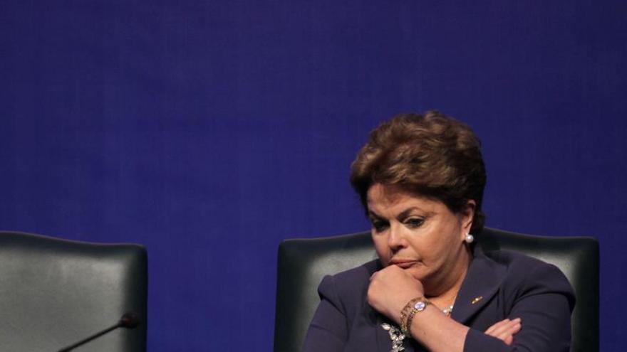 Rousseff busca despertar el interés de los inversores en Davos