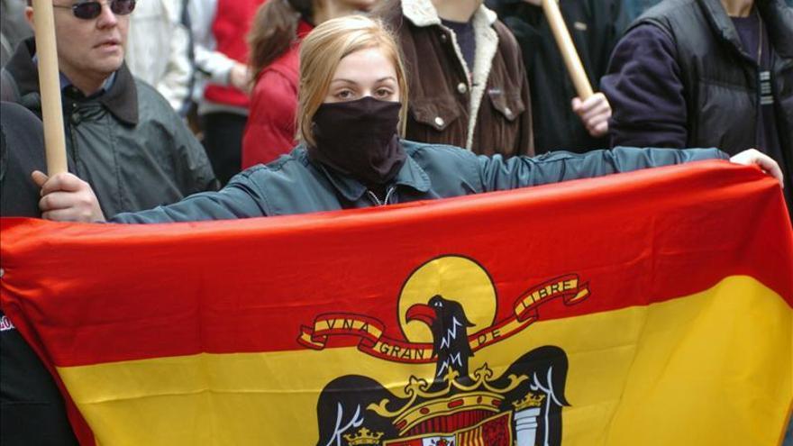 Crece la preocupación entre los partidos y las organizaciones por la apología fascista