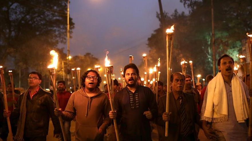 Primera condena por el asesinato de un bloguero laico en 2013 en Bangladesh