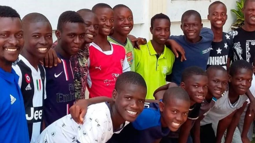 El equipo de Sierra Leona llegó de la mano de la ONG Diamond Child School of Arts and Culture, que impulsó una campaña de 'crowdfunding' para poder llegar