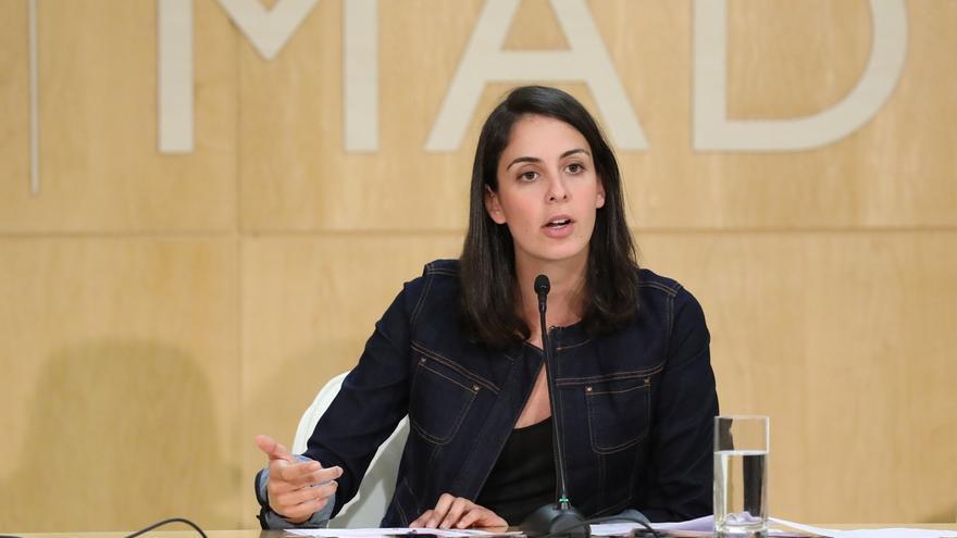 Rita Maestre desmiente un tuit contra la Guardia Civil que le atribuyen en 2010 y que circula ahora por redes sociales