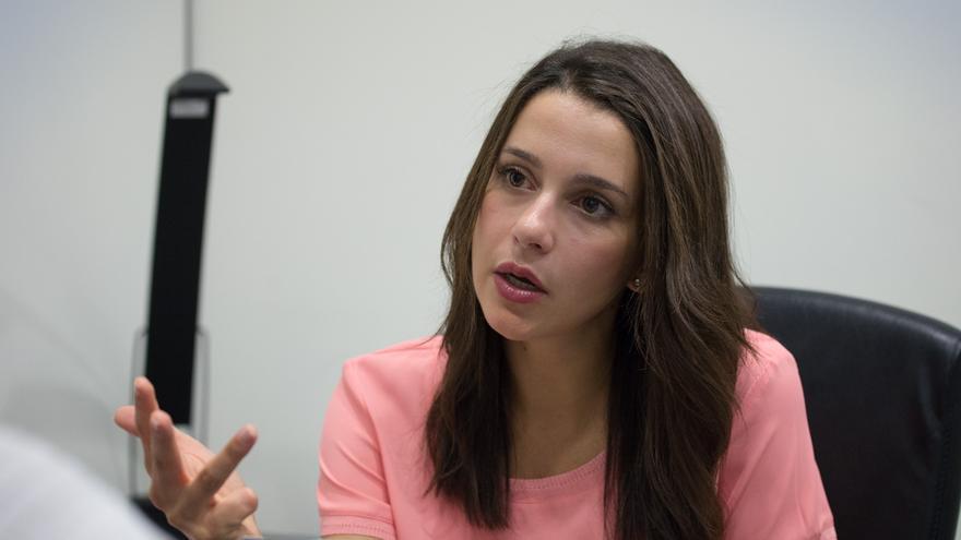 La candidata de Ciutadans, en un momento de la entrevista / SANDRA LÁZARO