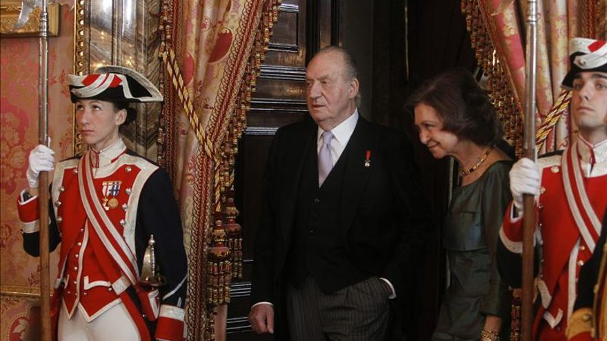 El Rey subraya que los inversores internacionales ya aprecian reformas de España