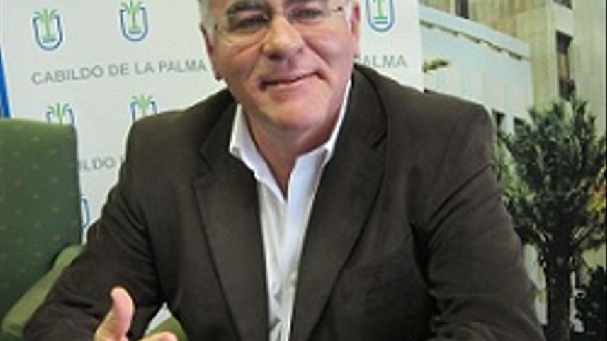 Carlos Cabrera-2