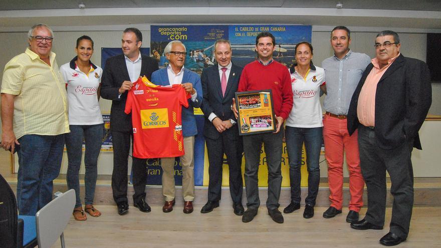 Presentación del partido de balonmano en Gran Canaria entre España y Eslovaquia (CABILDO DE GRAN CANARIA)