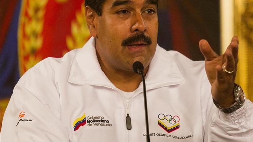 Maduro abre con un mensaje escrito en Twitter los  homenajes a Chávez