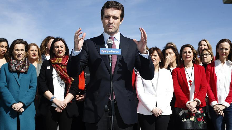 """. Casado presume de los logros del PP con sus candidatas: """"No quiero un país que enfrente a mi hija y mi hijo"""""""