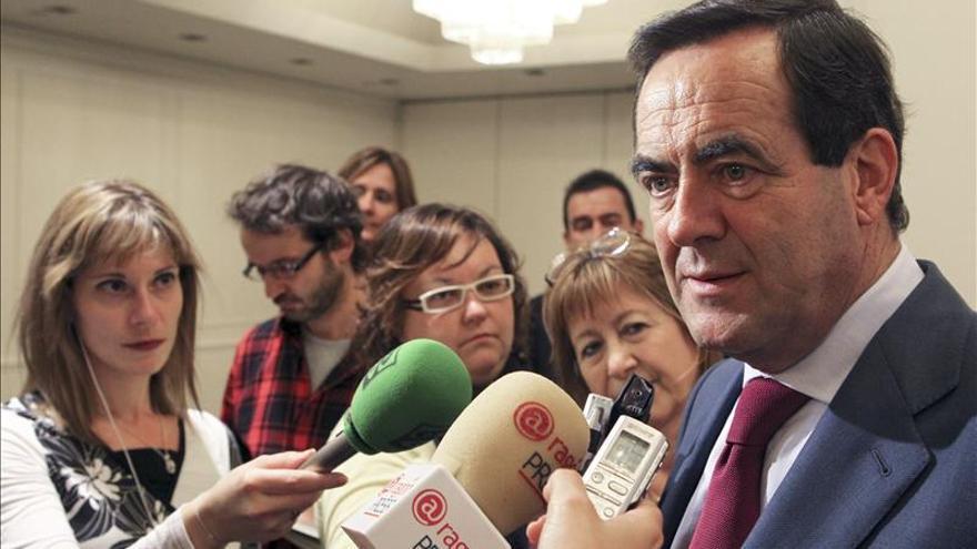 """Bono: La presidenta de Andalucía """"va a llenar muchas páginas de la historia"""""""