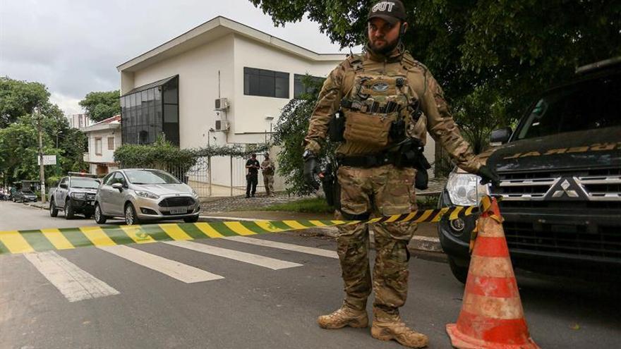 Lula es detenido por la policía brasileña, según medios locales