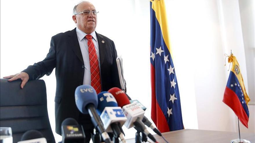 Venezuela no financia partidos españoles, según el embajador en Madrid